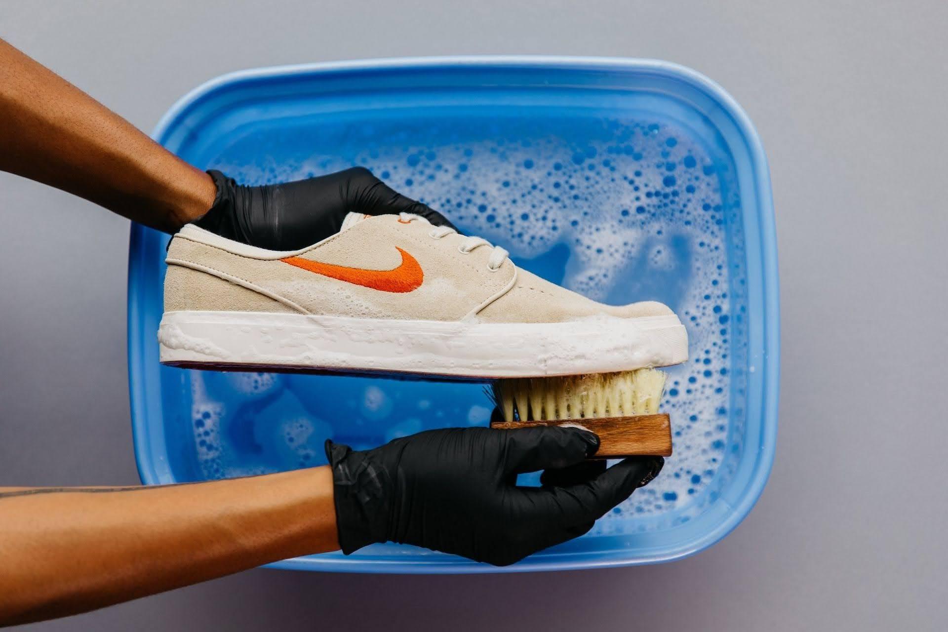 スニーカー 洗い方 ケア 方法 おすすめ sneakers-how-to-wash sole nike
