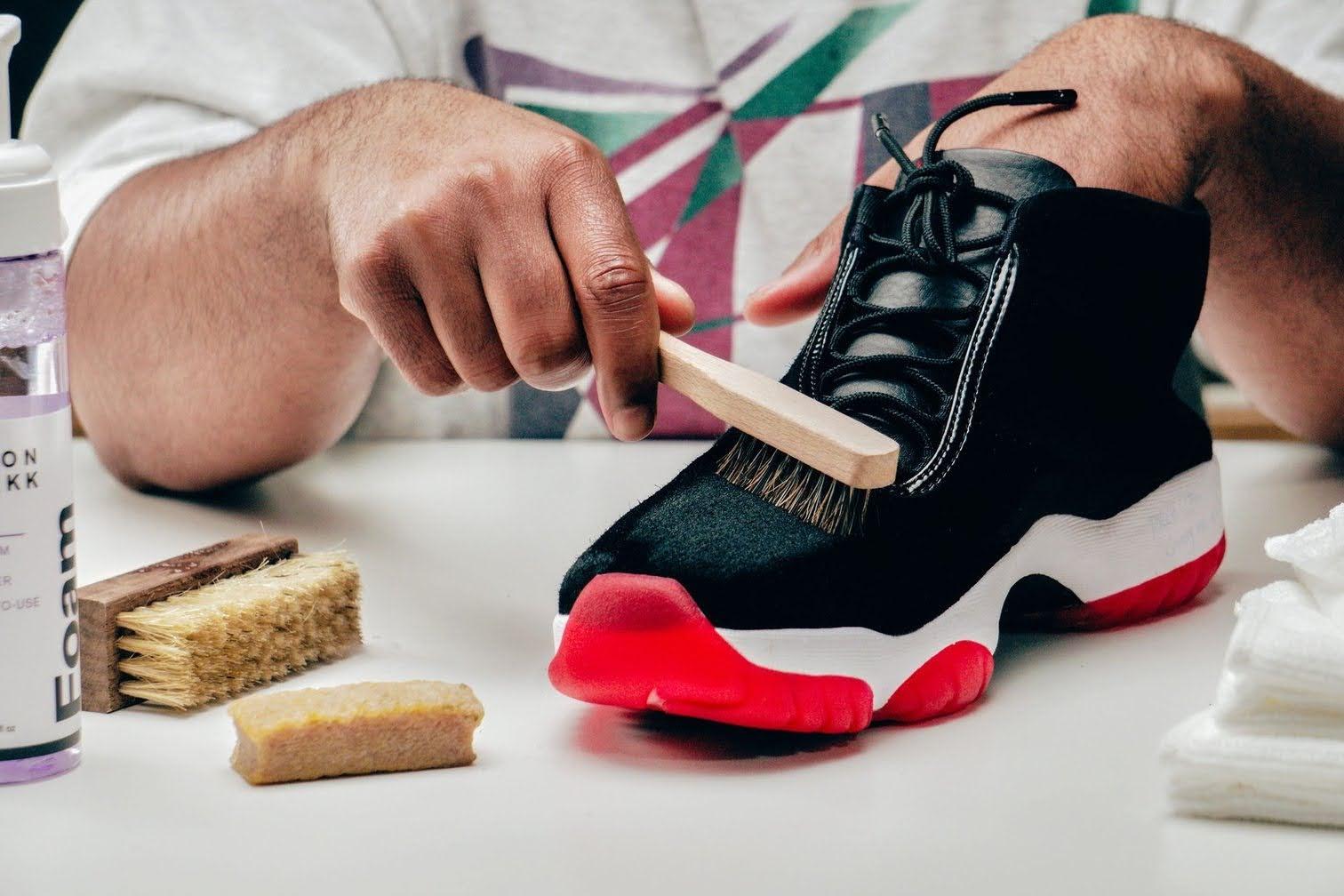 スニーカー シューズブラシ 靴洗い 専用 おすすめ 人気 laundry-detergent-for-sneakers