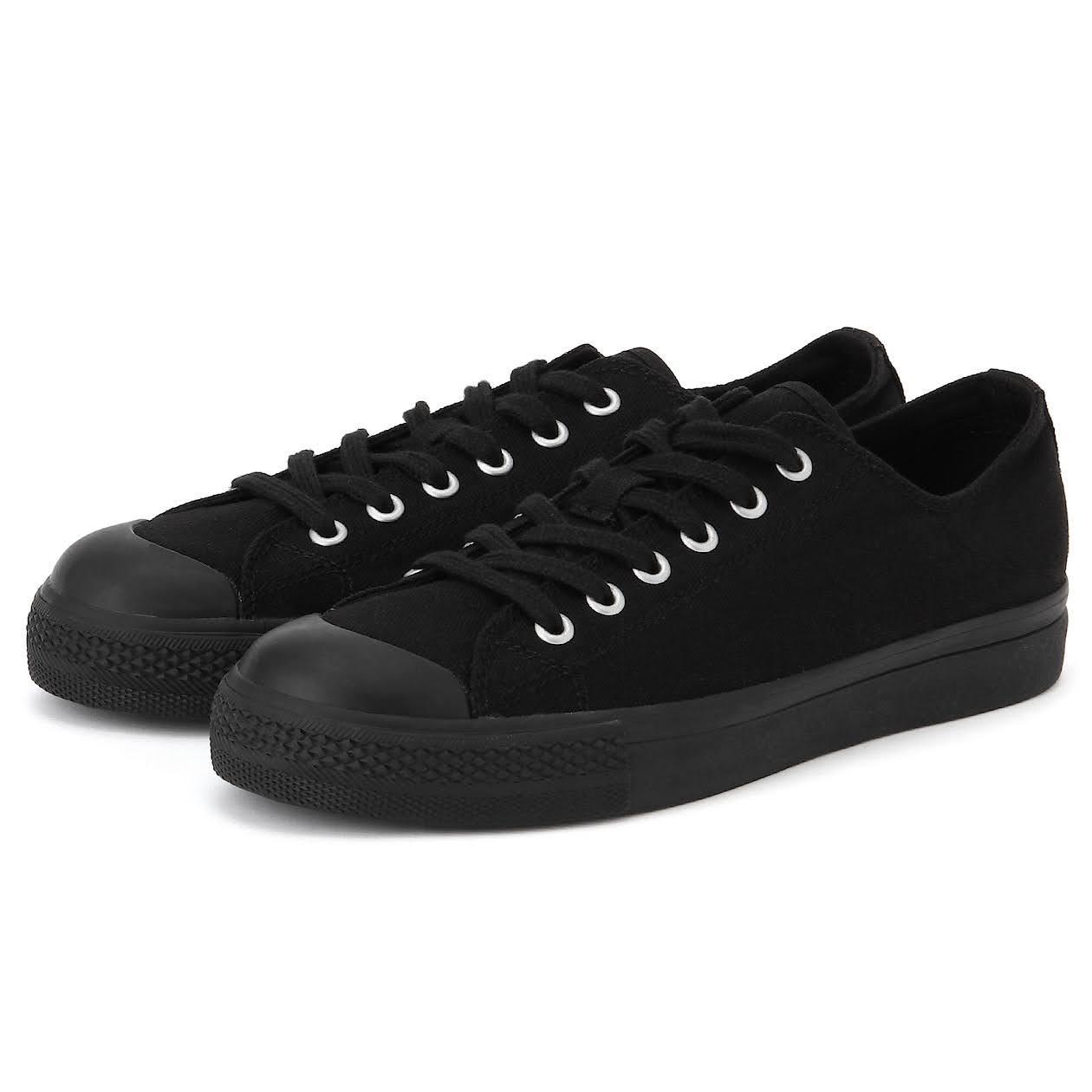 とにかく安い!3000円以下の神コスパ黒スニーカー-black-ladies-sneakers-winter-style-muji-black-sneaker