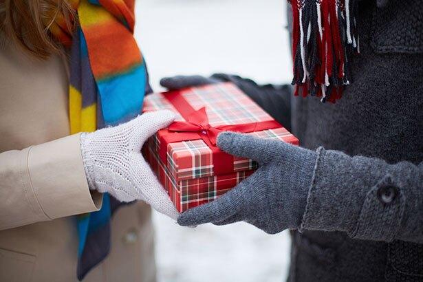 彼にクリスマスプレゼントでスニーカーをあげるとしたら?