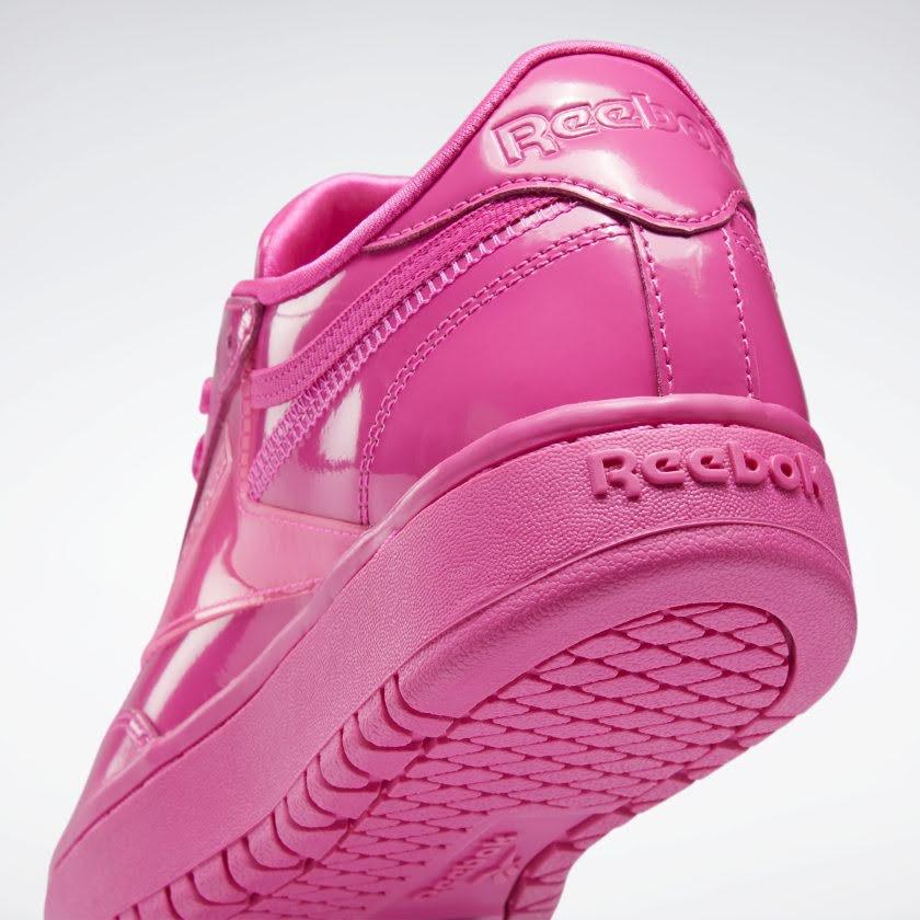 リーボック × カーディビー/ クラブ シー ダブル (ダイナミックピンク) Reebok_Cardi_Coated_Club_C_Double_Pink_H02566-heel-closeup