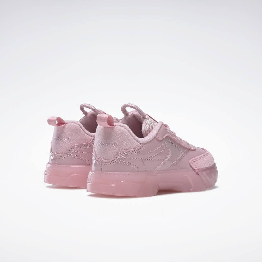 リーボック × カーディビー (トドラー)/ クラブ シー カーディ (クラシックピンク) Reebok_Club_C_Cardi_Toddler_Classic_Pink_H02571-pair-back