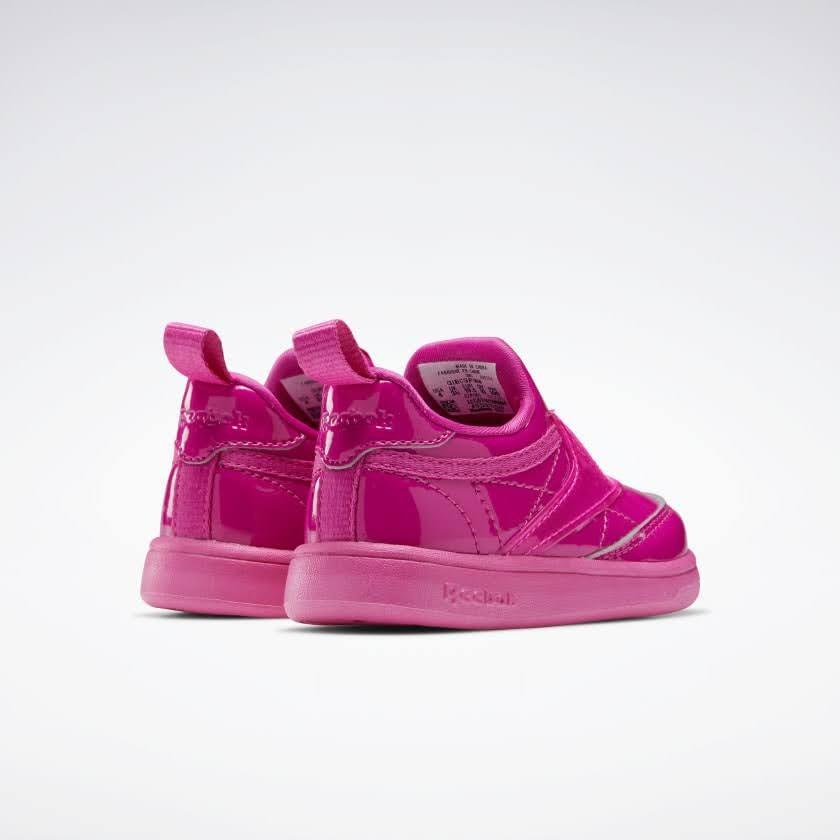 リーボック × カーディビー (トドラー)/ クラブ シー スリップオン (ダイナミックピンク) Reebok_Club_C_Cardi_Slip_on_Toddler_Pink_H02518-pair-back