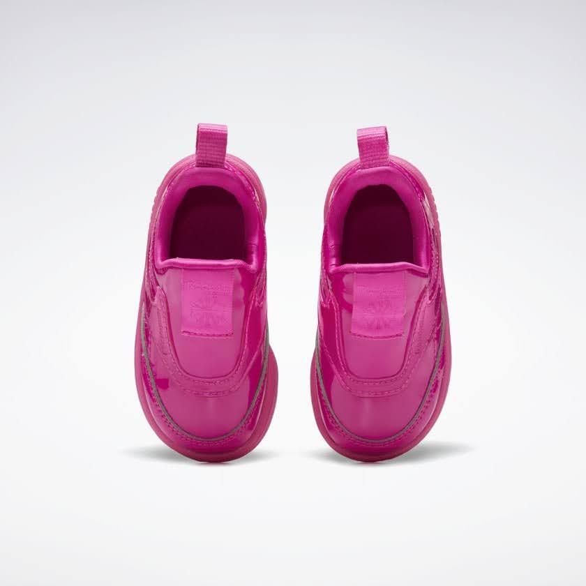 リーボック × カーディビー (トドラー)/ クラブ シー スリップオン (ダイナミックピンク) Reebok_Club_C_Cardi_Slip_on_Toddler_Pink_H02518-top