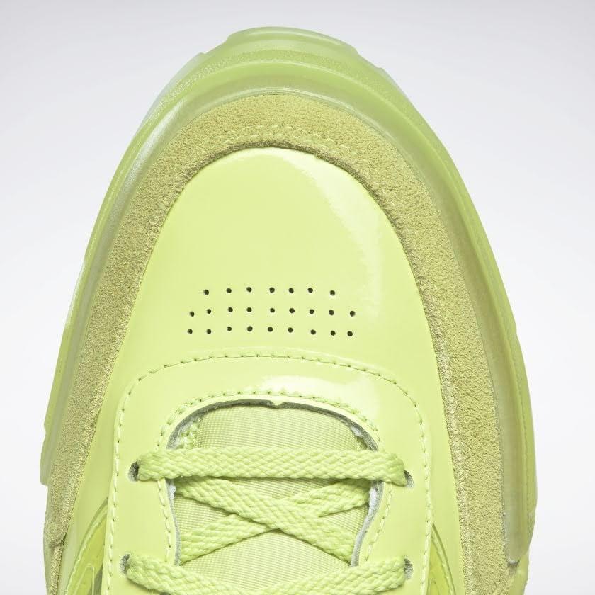 リーボック × カーディビー/ クラブ シー カーディ (ハイヴィスグリーン) Reebok_Club_C_Cardi_High_Vis_Green_H01010-toe-closeup