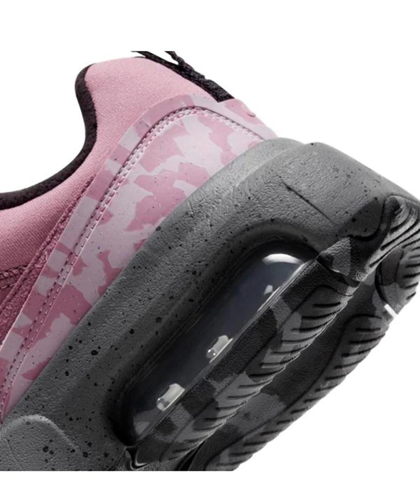エックス ガール × アトモス ピンク ナイキ エア マックス ビバ (ピンク) x-girl-atmos-pink-nike-air-max-viva-pink-DB5268-003-side-heel-closeup