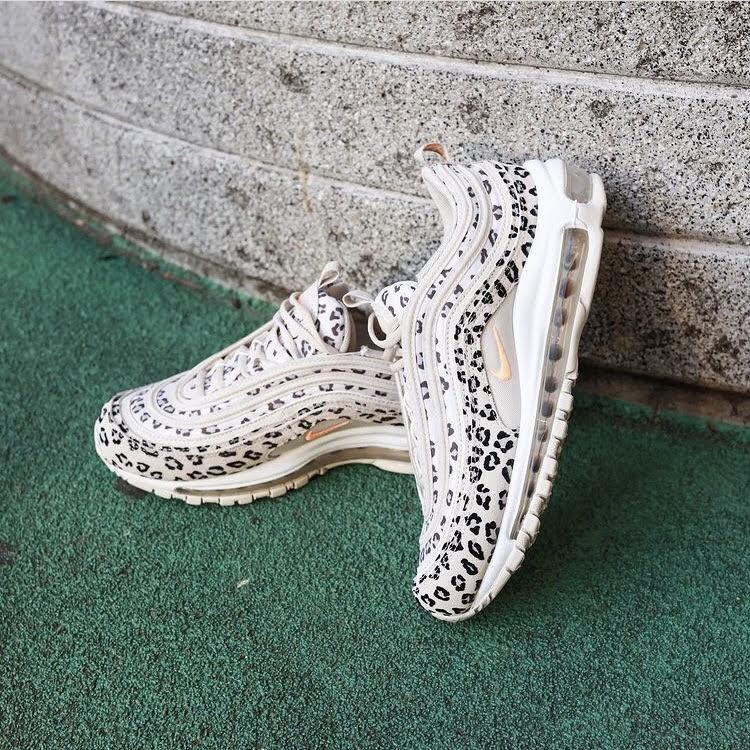 """ナイキ エア マックス 97 """"レオパード""""-Nike-Air-Max-97-Leopard-CW5595-001-pair-look-5"""