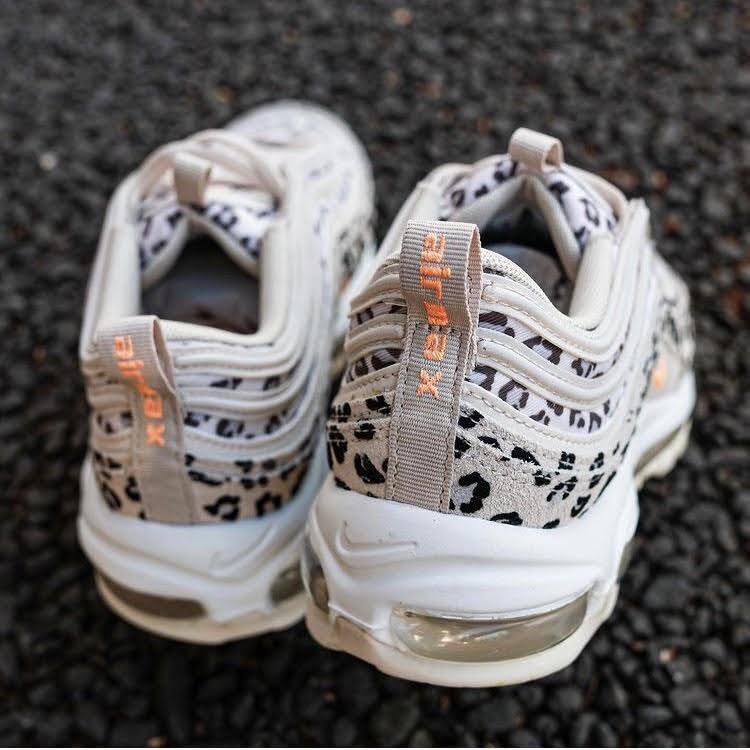"""ナイキ エア マックス 97 """"レオパード""""-Nike-Air-Max-97-Leopard-CW5595-001-pair-look"""