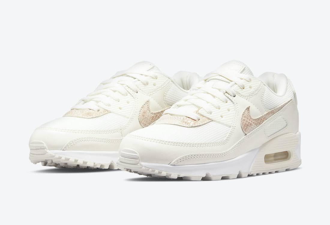 """ナイキ ウィメンズ エア マックス 90 """"ベージュ スネーク"""" Nike-WMNS-Air-Max-90-Beige-Snake-DH4115-101-pair"""