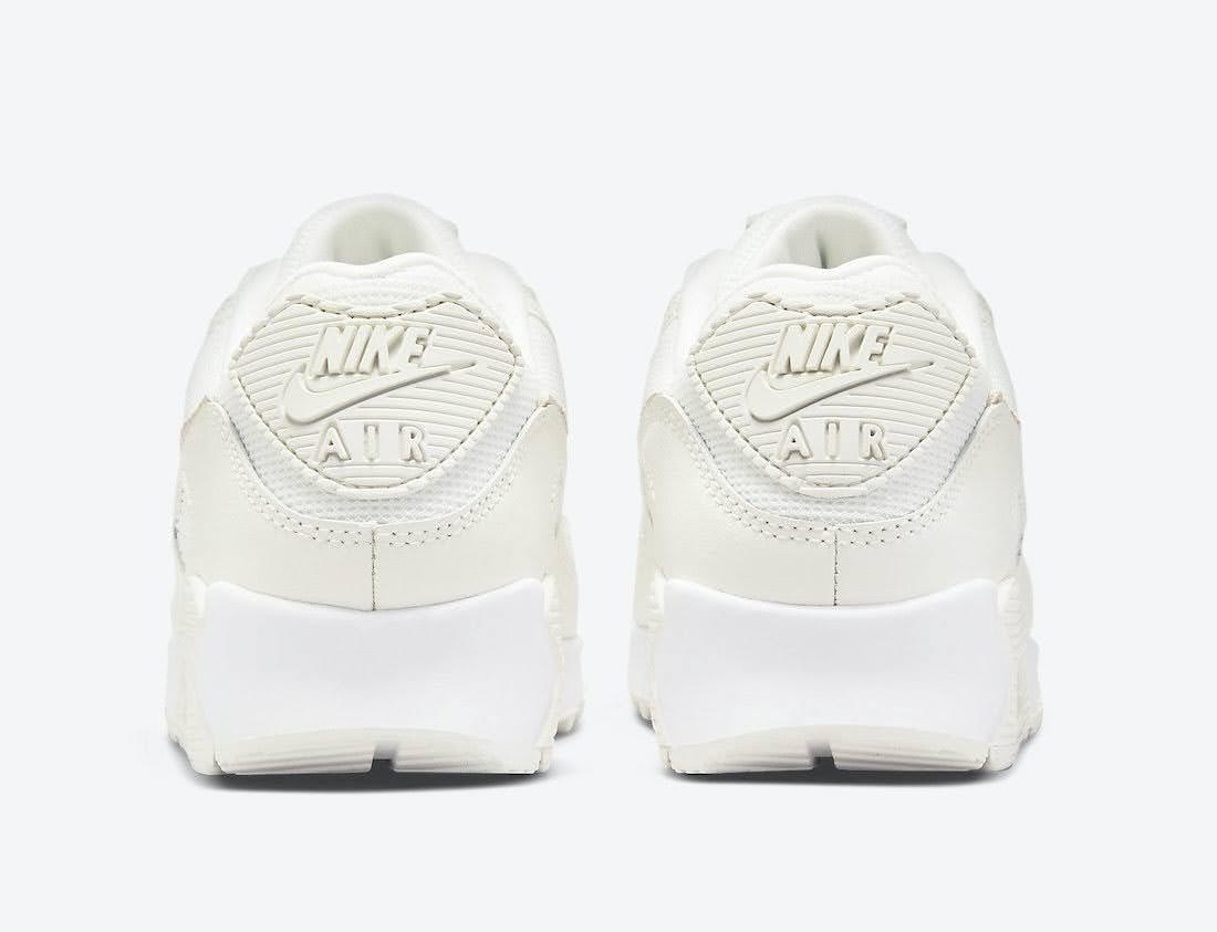 """ナイキ ウィメンズ エア マックス 90 """"ベージュ スネーク"""" Nike-WMNS-Air-Max-90-Beige-Snake-DH4115-101-heel"""