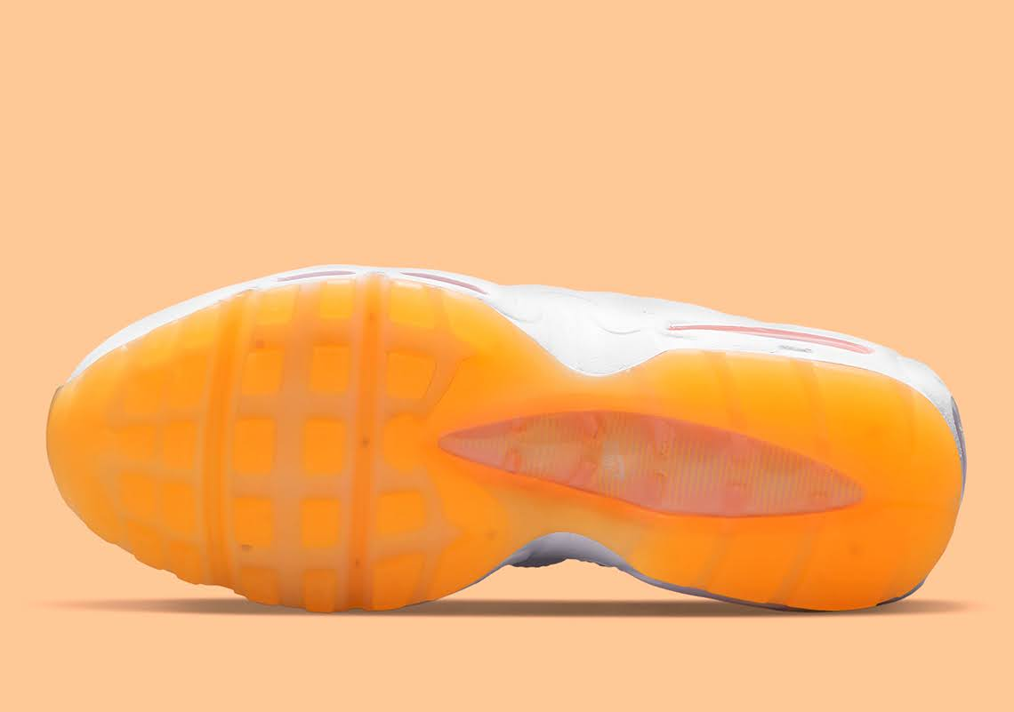 """ナイキ ウィメンズ エア マックス 95 """"メロン ティント"""" Nike-Air-Max-95-Melon-Tint-DJ1495-100-sole"""