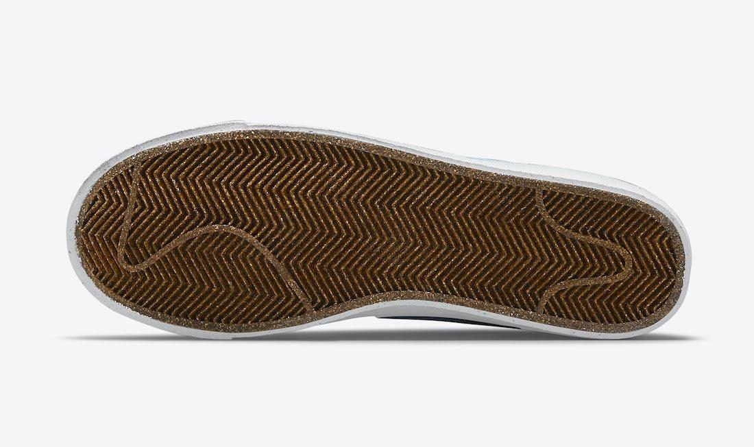 """ナイキ ブレーザー ミッド 77 """"インディゴ"""" Nike-Blazer-Mid-77-Indigo-DC9265-100-sole"""