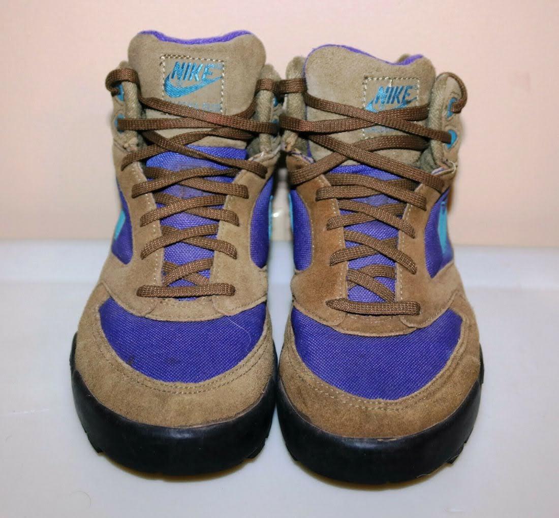 """ナイキ SB ダンクロー """"カルデラ ACG"""" Nike-Caldera-Plus-ACG-Hiking-Boots-front"""