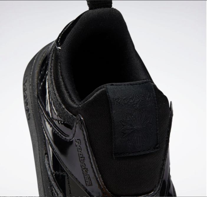 リーボック × カーディビー (トドラー)/ クラブ シー スリップオン (ブラック) Reebok_Club_C_Cardi_Slip_on_Toddler_Black_H02521-top-heel-closeup