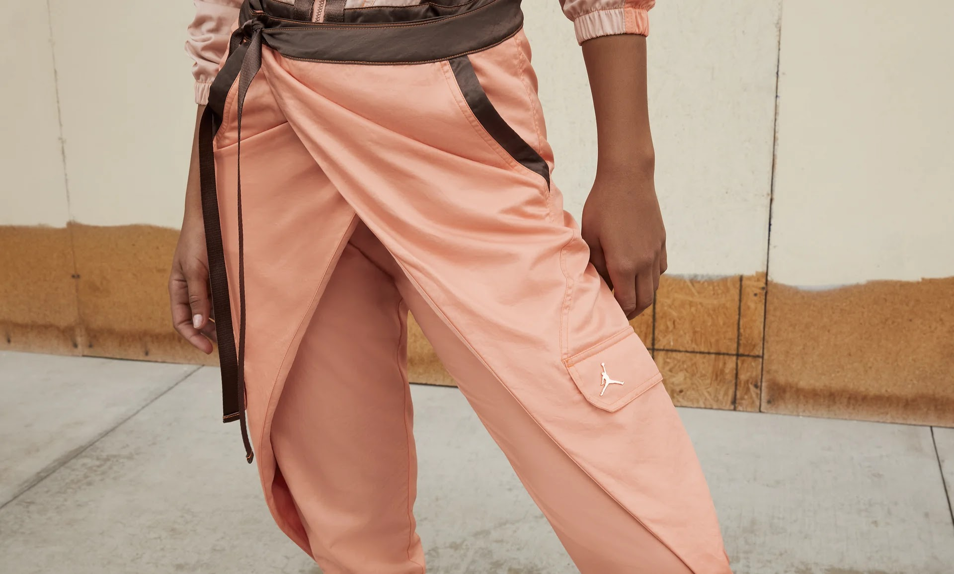 Nike-jordan-brand-ma-2-air-max-200-and-women-s-future-primal-apparel nike-jordan-future-primal-womens-flight-suit-DA1517-808-style-3