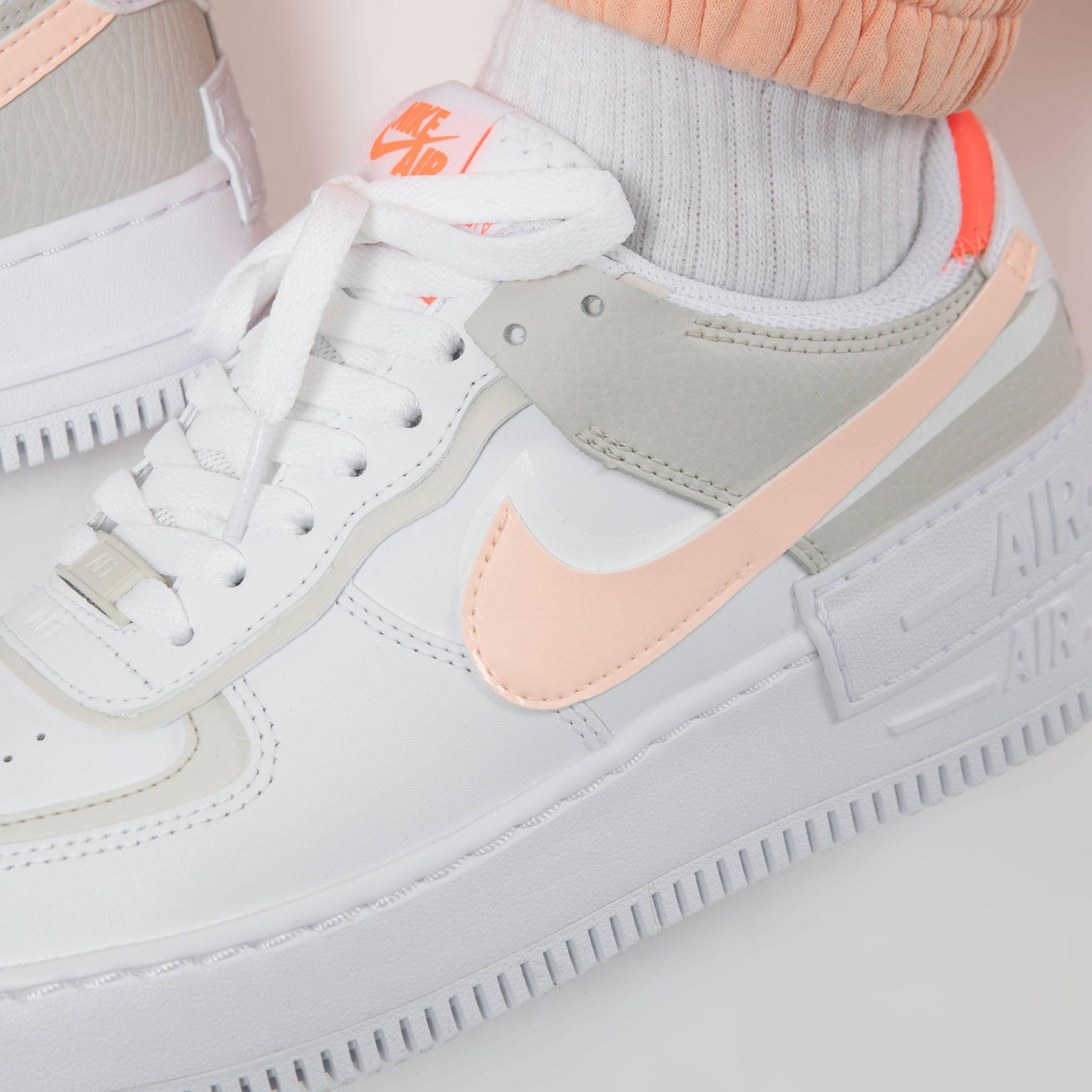"""ナイキ ウィメンズ エア フォース 1 シャドウ """"ブライト マンゴー"""" Nike-WMNS-Air-Force-1-Shadow-Bright-Mango-DH3896-100-pair-on-feet-2"""