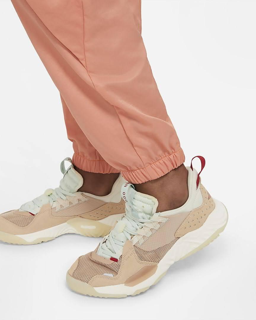 Nike-jordan-brand-ma-2-air-max-200-and-women-s-future-primal-apparel nike-jordan-future-primal-womens-flight-suit-DA1517-808-style