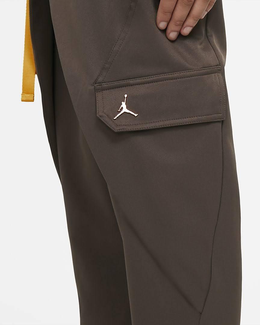 Nike-jordan-brand-ma-2-air-max-200-and-women-s-future-primal-apparel nike-jordan-future-primal-womens-utility-pants-DA1527-041-pocket-2
