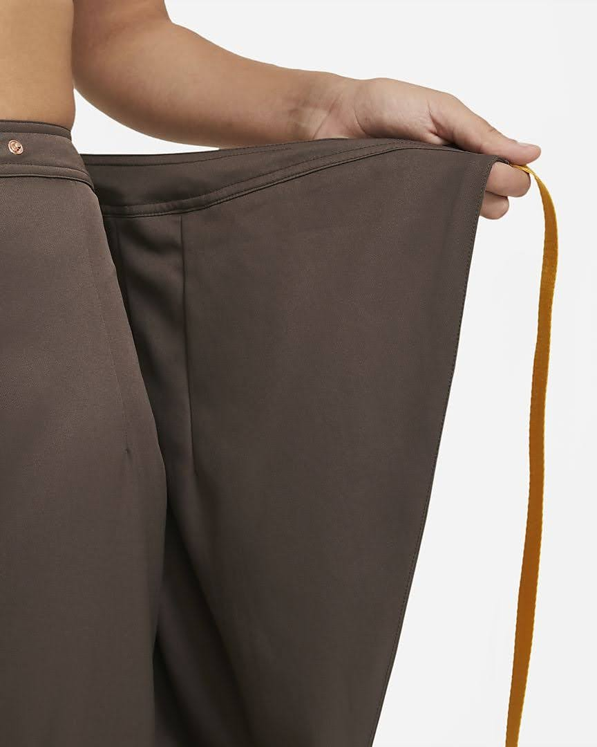 Nike-jordan-brand-ma-2-air-max-200-and-women-s-future-primal-apparel nike-jordan-future-primal-womens-utility-pants-DA1527-041-cover