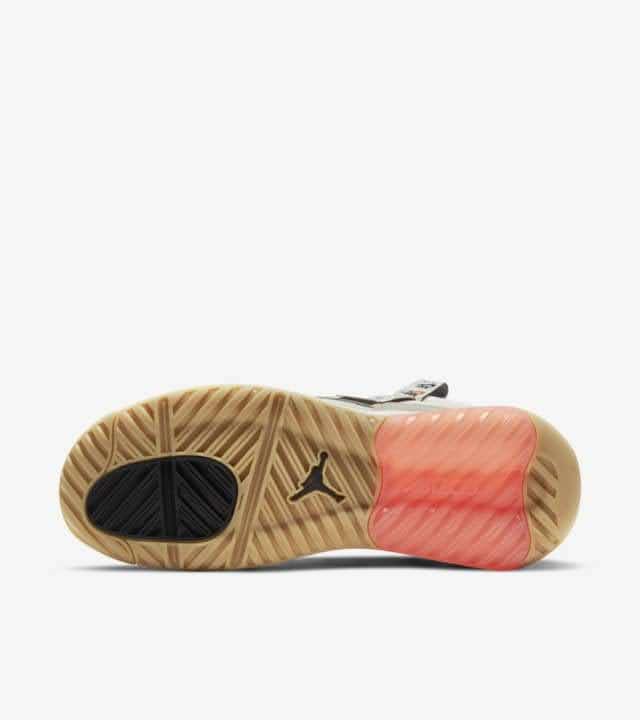 """ナイキ ジョーダン MA2 """"フューチャー ビギニングス"""" Nike-jordan-ma2-future-beginnings-DA2552-100-sole"""