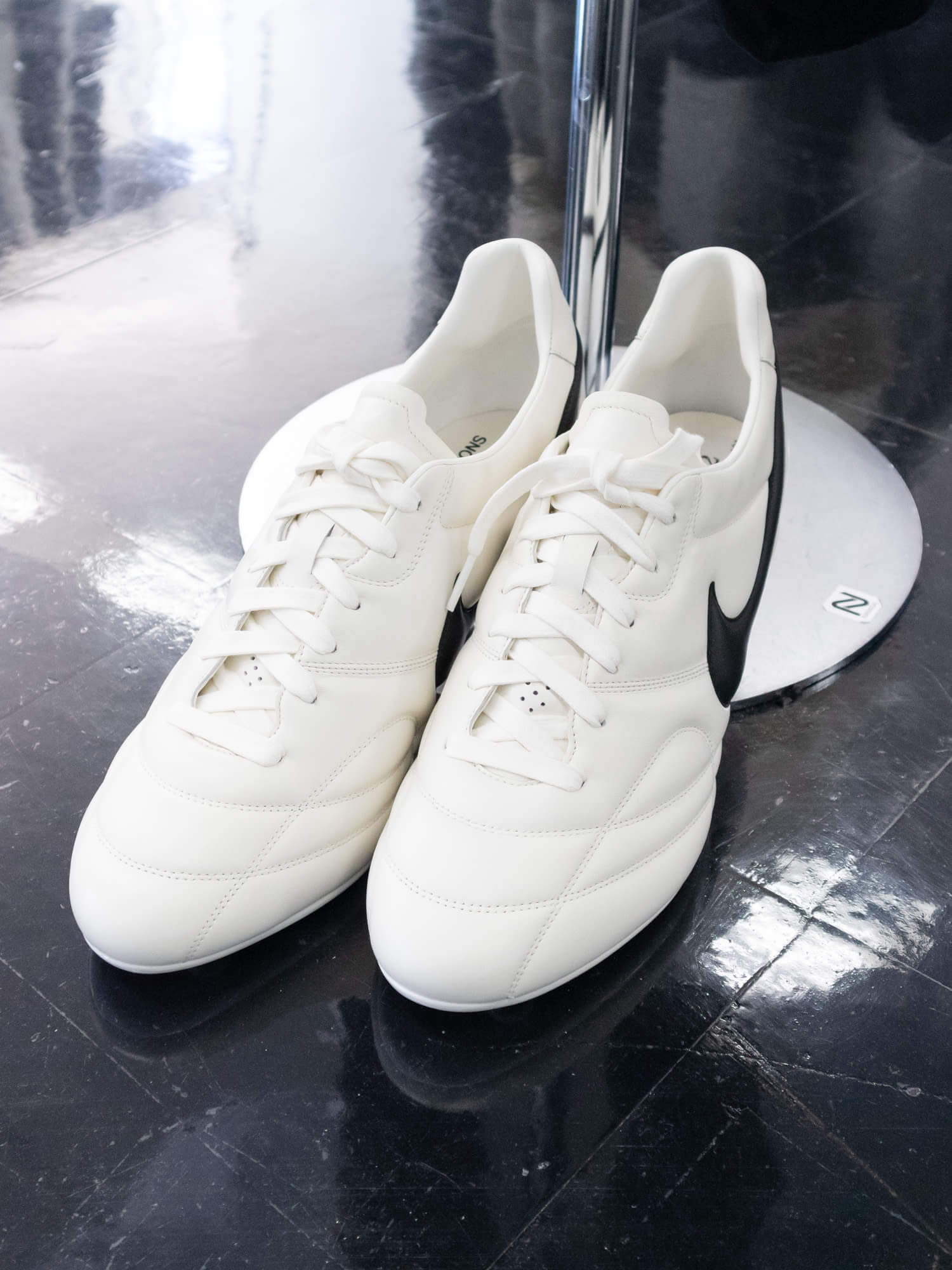 COMME DES GARÇONS × NIKE WMNS SPIKE 2COLORS コム デ ギャルソン × ナイキ ウィメンズ スパイク 全2色 detail white