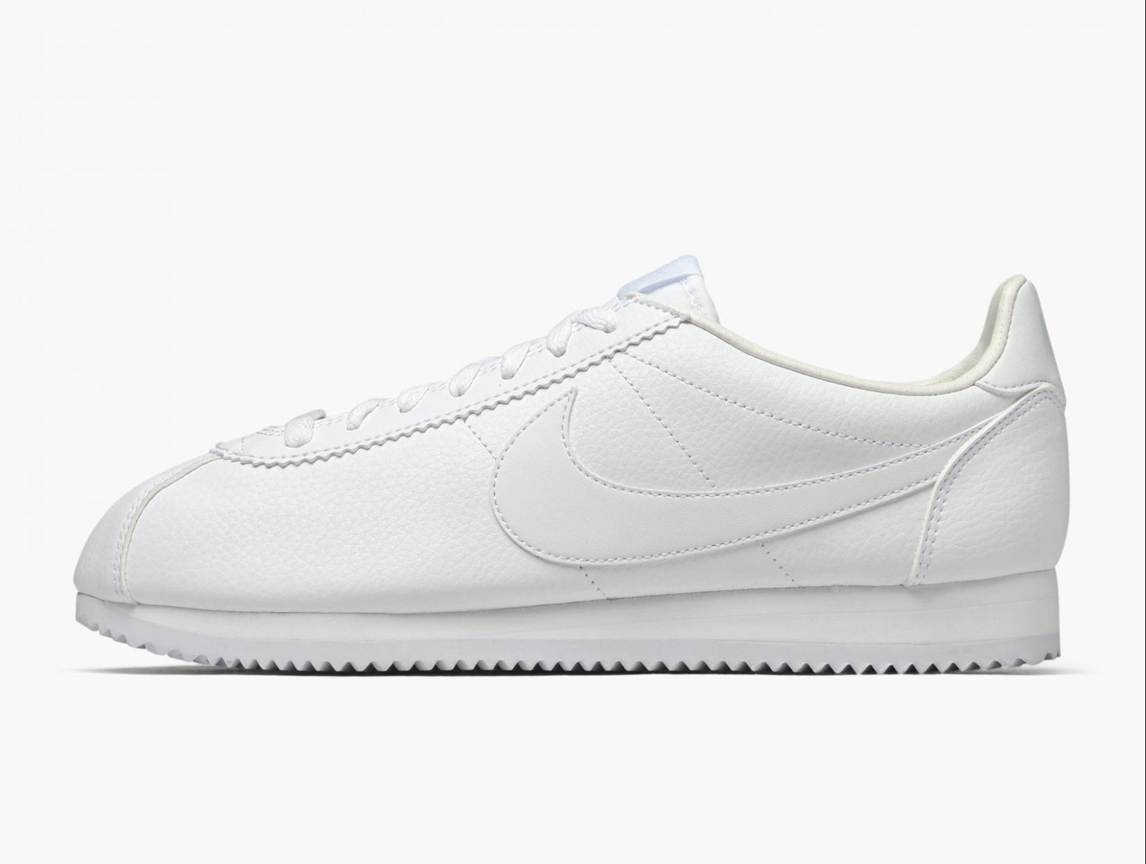 白 スニーカー ナイキ コルテッツ オール ホワイト レディース おすすめ 人気 Nike Cortez All White Sneakers