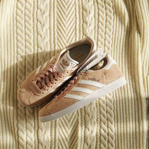 アディダス ガゼル ベージュ スニーカー レディース adidas GAZELLE Beige sneakers for women