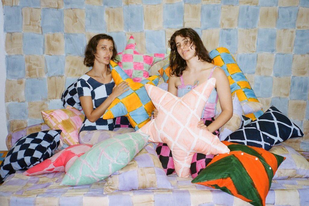 バンズ 国際女性デーにちなんがキャンペーン 2021_pillow