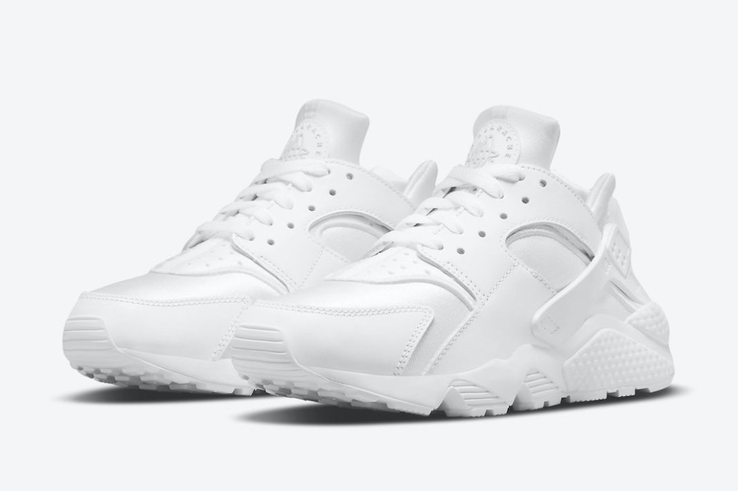 ナイキ エアハラチ トリプル ホワイト Nike-Air-Huarache-White-DH4439-102