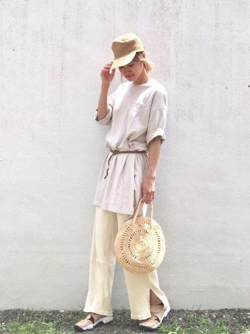 足袋スニーカーxナチュラルコーデ tabi-sneakers-trend-natural-style-look