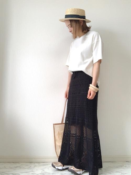 足袋スニーカーxスカートコーデ tabi-sneakers-trend-skirt-style-look