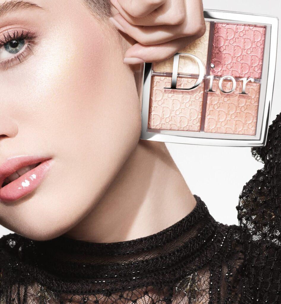 【Dior バックステージ フェイス グロウ パレット】プロ御用達の美肌パウダーをご紹介