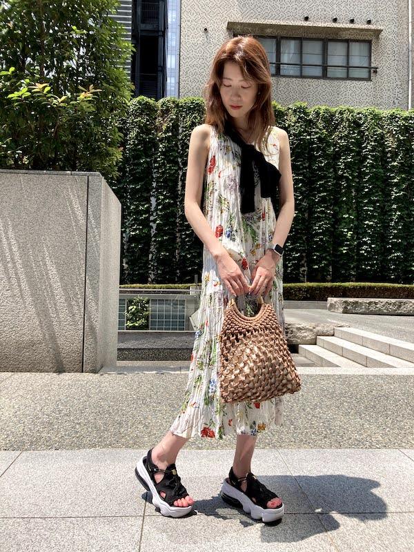 エア マックス ココ コーデ マキシ丈花柄ワンピース air_max_koko_style_ideas_maxi_flower_printed_dress