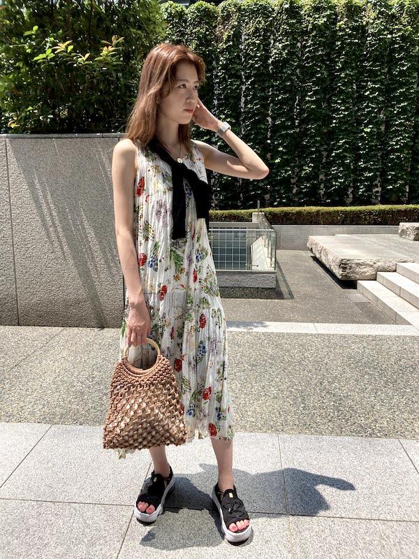 エア マックス ココ コーデ マキシ丈花柄ワンピース air_max_koko_style_ideas_maxi_flower_printed_dress_2