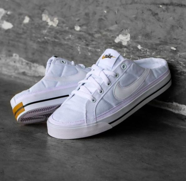 Nike のミュールスニーカー mule_sneakers_2021-nike-mule