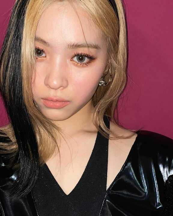 韓国アイドル風【束感まつげ】の作り方!簡単に実践できるトレンドメイクをご紹介