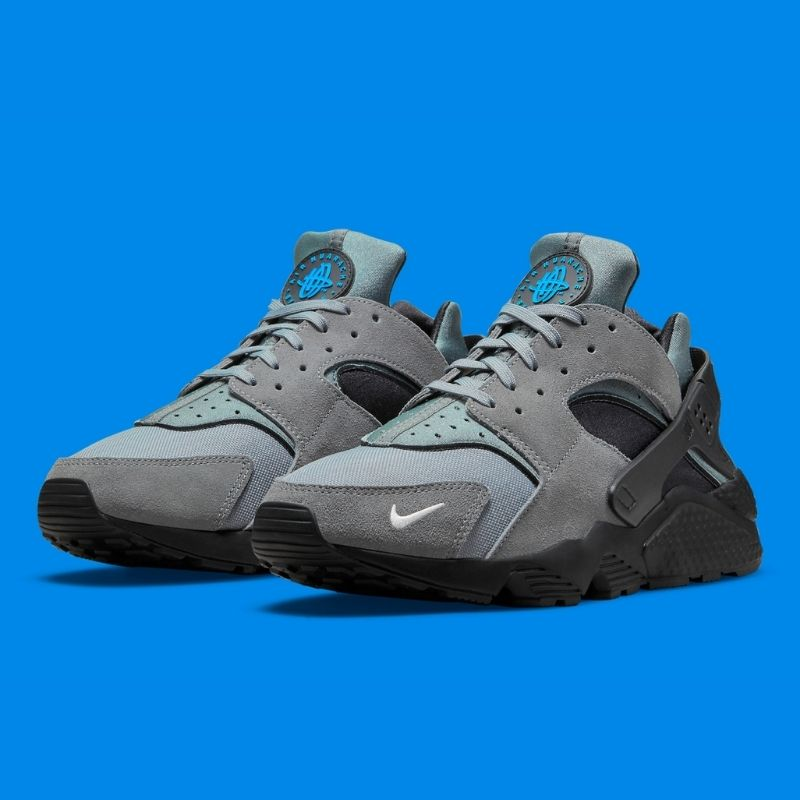 """2021年発売【Nike Air Huarache """"Grey/Black/Laser Blue""""】メンズライクなカラー使いがクールなハラチ最新作!"""