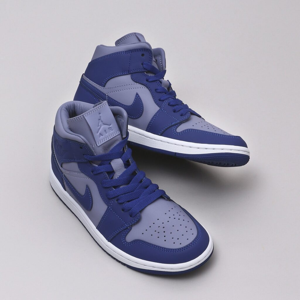 8月30日,9月2日発売【Nike WMNS Air Jordan 1 Mid Blue/Grey】