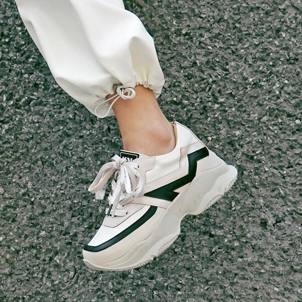 レッケン 韓国 ファッション ブランド スニーカー REKKEN Embo Korean Shoes Brand Sneakers