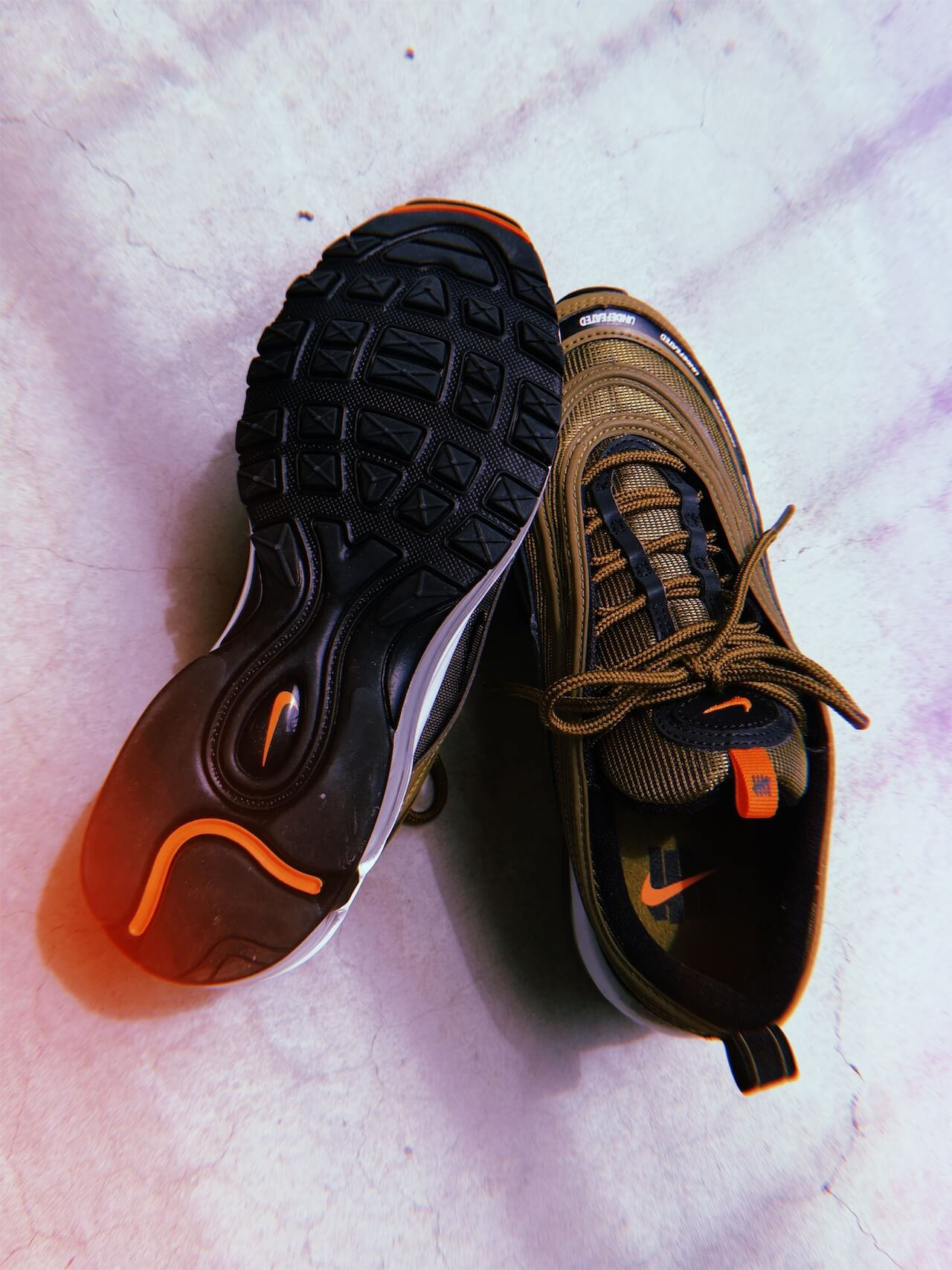 Undefeated x AM97_SNKRGIRL_sole