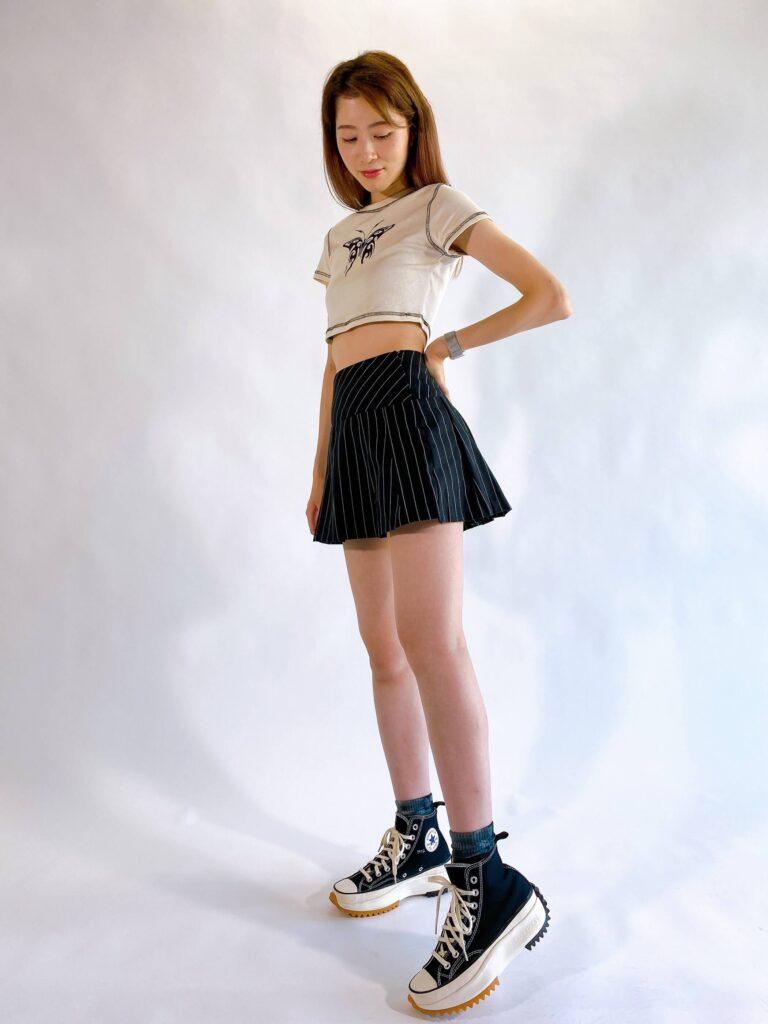 最新 トレンド Y2K コーデ おすすめ Y2K Fashion pleated mini skirt