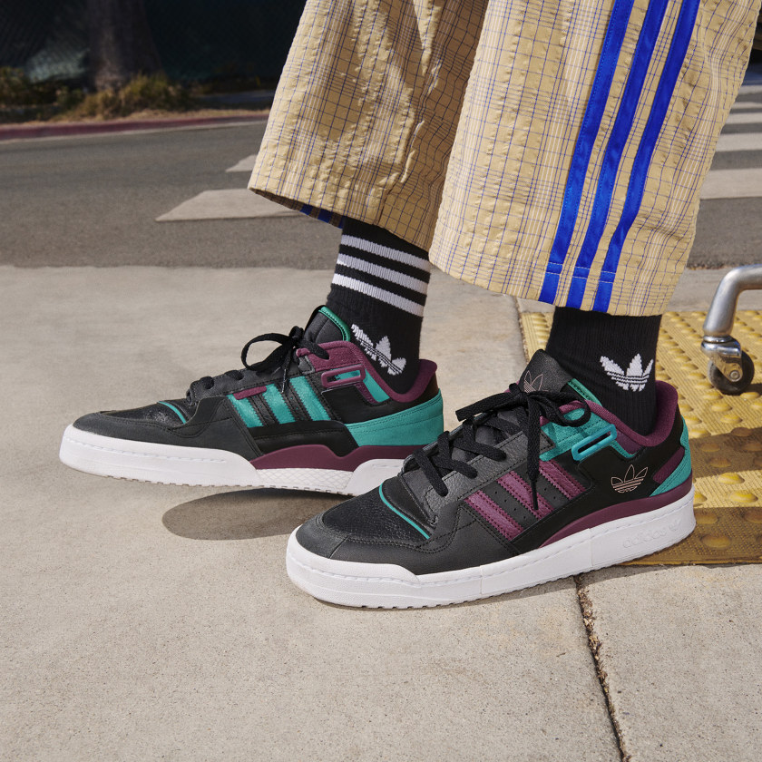 adidas Forum Fall/Winter 2021 Collection 2 adidas-forum-fall-winter-2021-collection-2-campaign-by-niki-Forum_Exhibit_Low_H01912_look-2
