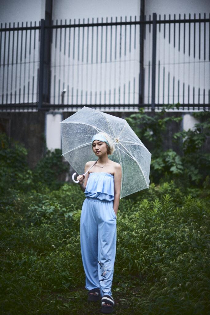 伊東楓 x UGG@mos ROOM WEAR kaede-ito-ugg-atmos-room-wear-collaboration-look-11