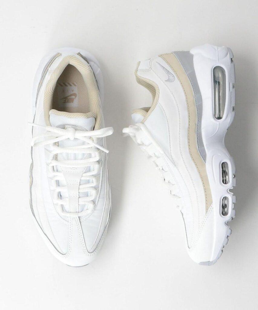 Nike WMNS Air Max 95 ホワイト/ウルフグレー nike-wmns-air-max-95-DA8731-100-look-3