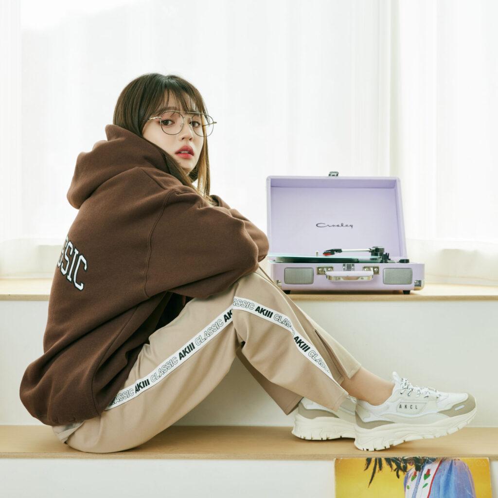 アキクラシック 韓国 プチプラ スニーカー 人気 おすすめ Akiiiclassic Korean Sneaker Brand Urban Tracker image
