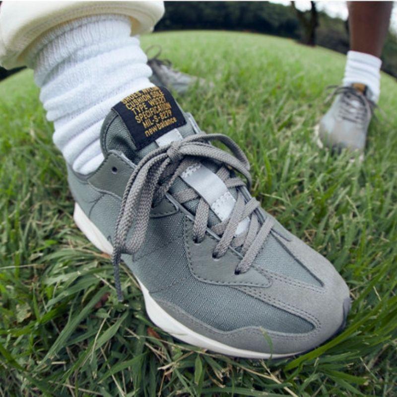 BEAMS BOY × BUZZ RICKSON'S × New Balance 327-pair on foot