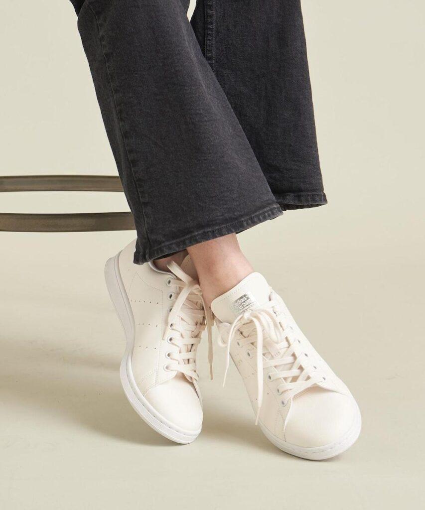 アディダス オリジナルス スタンスミス adidas-originals-stan-smith-beauty-youth-look-3
